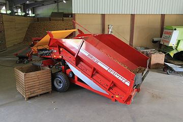 Receiving hopper RH 20